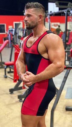 Gym Lockers, Sport Tights, Muscle Men, Wetsuit, Sassy, Body Builders, Sporty, Judy Garland, Legs