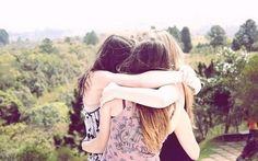 Um abraço bem gostoso para minhas amigas do ♥