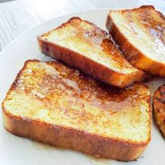 Keto egg loaf recipes with variations. Great for breakfast as french toast. Keto egg loaf recipes with variations. Great for breakfast as french toast. Egg Loaf Recipe, Loaf Recipes, Low Carb Recipes, Diet Recipes, Coconut Flour Recipes Low Carb, Keto Egg Recipe, Healthy Recipes, Healthy Appetizers, Recipes Dinner