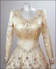 Princess (now Queen) Elizabeth's wedding dress to Philip Mountbatten