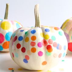21 ways for kids to decorate pumpkins without carving. Great ideas that use confetti, washi tape, crayons, felt, masks and more.