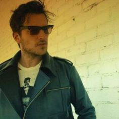 Seriously, besides the nose and lips, that's Brandon Ball! But it's Butch Walker. Which is the look he was going for.
