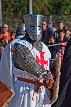 Templar Knight in armor by ~chavi-dragon on deviantART