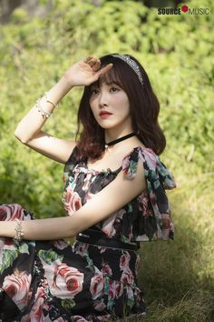 Gfriend-Yuju 2019 Season's Greetings Behind Kpop Girl Groups, Korean Girl Groups, Kpop Girls, Sinb Gfriend, Gfriend Sowon, Bubblegum Pop, Kim Ye Won, Fandom, G Friend