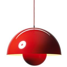 Den verdenskjente lampen FlowerPot fins nå i en stor variant. Flowerpot ble designet av Verner Panton i 1969 og har sitt navn etter datidens Flower Power-bevegelse. Et ekte designikon som har stått seg opp gjennom tiden.