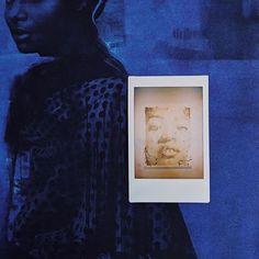 #instaxmini #будьвтеме #стиль #неподдельное #одержимость #эмоции #атмосфера #моментальноефото #подарок #стильный #фото #фотография #декордлядома #дари #любовь #сердце #дизайн #минимализм Polaroid Fujifilm, Fujifilm Instax Mini, Frame, Home Decor, Picture Frame, Decoration Home, Room Decor, Frames, Home Interior Design