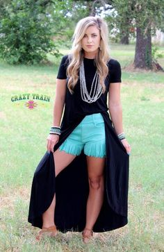 Talledega Tunic Crazy Train Clothing is trendy, affordable, super cute. Buy Now, Pay Later, Zero Interest with QuadPay. Get your favorite style today! Rodeo Outfits, Preppy Outfits, Western Outfits, Cute Outfits, Concert Outfits, Country Outfits, Edgy Outfits, Western Boots, Classy Summer Outfits