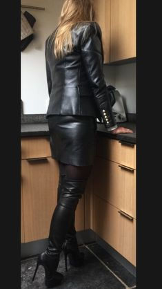 leather it up