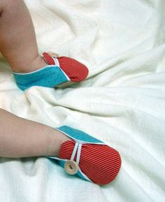 Sailor Baby Shoes sewing pattern - PDF - DIY - Newborn to 24 Months by Nanduri
