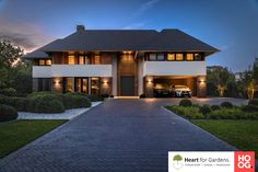 Modern House Facades, Modern House Design, Future House, My House, Dream House Interior, Bathroom Design Luxury, Garden Architecture, Villa Design, Garage House