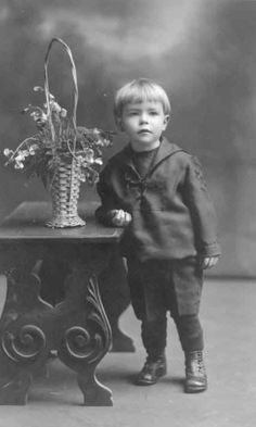 Juha Niilo Panula, 7, was born on 1 September 1904. The son of Juha and Maria Panula, he boarded the Titanic at Southampton with his mother and four brothers. They were travelling to Coal Centre, Pittsburg, Pennsylvania to join their father. None of the family would survive.... Juha's body was never found. Neither were those of his Mother or siblings.