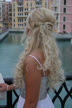 Prom hairdo for long hair