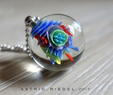 A blog about Handmade wearable glass art, made by the hands of Astrid Riedel contemporary lampwork artist.