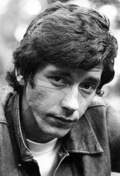 25 anos sem Raul Seixas: veja imagens da carreira do músico