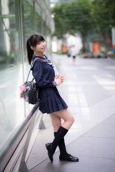 School Uniform Fashion, Japanese School Uniform, School Girl Outfit, School Uniform Girls, Girls Uniforms, Ponytail Girl, Schoolgirl Style, Girls In Mini Skirts, Sailor Fashion