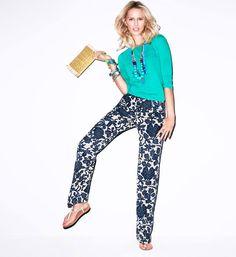 turquoise top, navy print pants