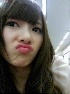 乃木坂46 (nogizaka46) shiraishi mai the princess can act cute too >< ♥ ♥ ♥ ♥ ♥ ♥ ♥