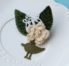 City Block Vintage Bird Leaf Lace Brooch Earrings,http://www.amazon.com/dp/B00ILM9O9W/ref=cm_sw_r_pi_dp_xvpltb1PQHZZ86S1