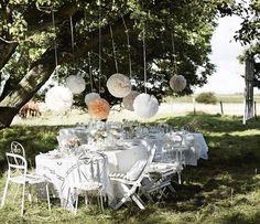 Inspiración Ikea para una boda campestre en el jardín