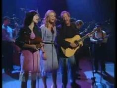 "Patty Loveless - ""You'll Never Leave Harlan Alive"" - Live ONE OF MY FAVORITE SONGS OF ALL TIME"