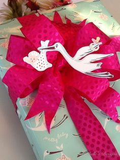 ✂ That's a Wrap ✂  diy ideas for gift packaging and wrapped presents - stork