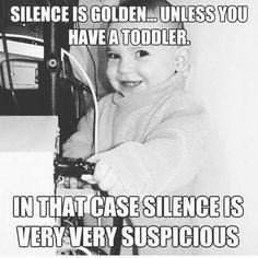 SOOOO true Noen som kjenner seg igjen? #silence #toodler #truth #whatsup #surprise #humor #dinbabyshower #nettbutikk #detlilleekstra #babyshower #dåp #navnefest www.dinbabyshower.no