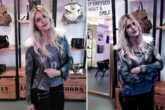 Mica Tinelli fue a conocer el showroom de Cloetas. Nos encanta esa camperita desgastada con pelo en el cuello.