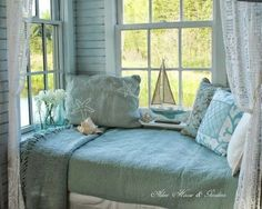 Seaside Cottage Interior Design   ... /beach-cottage-interiors/ ... because the ocean get you the