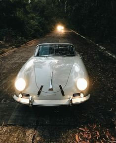odcarrera® PorscheさんはInstagramを利用しています:「Classic Journey ... #porschemoment . . . .. . . . . #porsche #carrera #beauty #rennsport #turbo #porschecarrera #porsche911#automotive…」