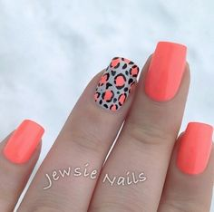 during summer, especially if you plan to hit the beach a lot. Most of the nail art colors work well with mid-length nails. Besides, you can always make them appear longer with vertical nail art! Great Nails, Love Nails, How To Do Nails, Fun Nails, Nail Polish Designs, Cute Nail Designs, Nails Design, Cheetah Nails, Latest Nail Art