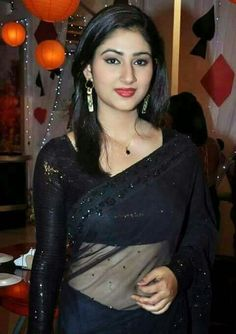 Real Hot mallu aunties picture HD Wallpapers 2016 village aunty pictures in black saree looking beautiful mulai women pics Beautiful Girl Photo, Beautiful Girl Indian, Most Beautiful Indian Actress, Beautiful Saree, Beauty Full Girl, Beauty Women, Black Beauty, Indian Girls Images, Black Saree