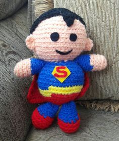 Superman #superman #amigurumi #amigurumis #tejidocrochet #tejiendoamano #tejido #tejiendo #crochet #hechoamano #Ecuador #Quito #tejido #tejiendo