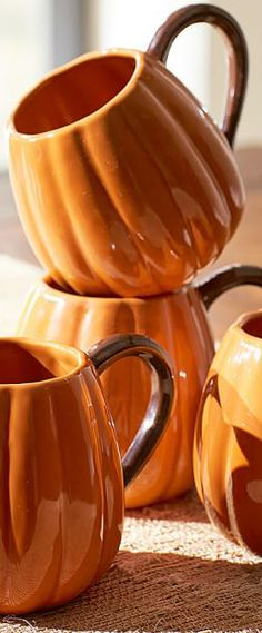 Looking for fall decor? Our interior designer has worked long hours gathering the best in fall home decor and decorating ideas. Fall Home Decor, Autumn Home, Harvest Season, Holidays And Events, Happy Holidays, Fall Halloween, Happy Halloween, Seasonal Decor, Coffee Cups