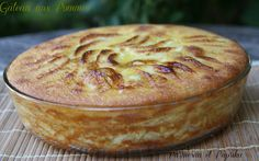 Parmesan and paprika: apple pie Source by sylvainwn Easy Cake Recipes, Sweet Recipes, Cookie Recipes, Köstliche Desserts, Delicious Desserts, Mousse Au Chocolat Torte, Iftar, Apple Cake, Piece Of Cakes