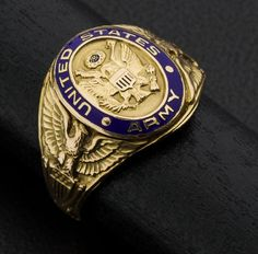 United States #Army Ring, Gold & Enamel. #heritageauction