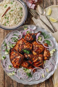 Grilled Tandoori Chicken with Indian-Style Rice Tandoori Chicken is a popular Indian dish but many versions are bland and dry. Our grilled Tandoori chicken recipe comes out juicy and exploding with flavor! Grilled Tandoori Chicken Recipe, Tandori Chicken, Indian Chicken Marinade, Tandoori Recipes, Grilled Meat, Curry Recipes, Pollo Tandoori, Chicken Tandoori Masala, Tandoori Marinade