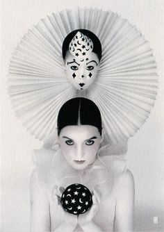 Modern Clown :: Pierrot - by Serge Lutens