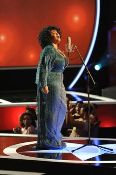 """Jill Scott Touches the Soul. I could feel it. Type of sound that can make you cry if you """"know something"""" about life"""
