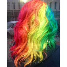 5 minutes with Ursula Goff talking about life as a rainbow hair artist