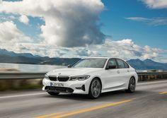 2020 BMW 3 Serisi Ekim Fiyat Listesi Ne Oldu? Yeni BMW 320i Sedan Radios, New Bmw 3 Series, Bmw Serie 3, Luxury Private Jets, Bmw Autos, Skyline Gtr, Kia Sportage, Sports Sedan, Auto News