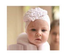 Повязка на голову для ребенка своими руками шьется очень быстро, с работой сможет легко справиться мамочка или бабушка малыша, даже совсем не умеющая шить Knit Crochet, Crochet Hats, Rubrics, Retro, Baby Hats, Headbands, Kids Fashion, Cape, Knitting