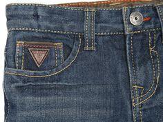 Pantalón de Mezclilla para Niño Guess-Liverpool es parte de MI vida Fashion Pants, Mens Fashion, Garra, Guess, Fashion Branding, Denim Jeans, Indigo, Pockets, Style