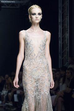 https://flic.kr/p/KoD8Ws   Rani Zakhem - Altaroma Luglio 2016   Rani Zakhem @ Altaroma Luglio 2016 #altaroma #altamoda #fashion #zakhem #tizianotomaphoto #exdogana  Photo ©Tiziano Toma
