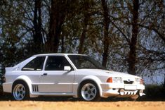 Rejected Mk3 Escort Ford produced the RS1700T, based on the Mk3 Escort and running a turbocharged RWD engine. But they scrapped the idea and built the mid-engined, 4WD RS200 Group B car, which was based on the same BDA engine