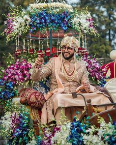 Trending Groom Sehra Designs Spotted At Indian Weddings Groom Wear, Groom Outfit, Bride And Prejudice, Modern Groom, Marathi Bride, Groom Accessories, Advice For Bride, South Indian Weddings, Bridal Pictures