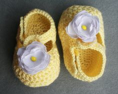Hey, I found this really awesome Etsy listing at https://www.etsy.com/listing/166465748/crochet-baby-booties-lemon-booties-for