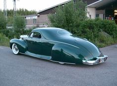 Timo Hersti's 1941 Lincoln Zephyr - rear 3/4