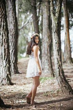 Debut Photoshoot, Fairy Photoshoot, 15 Dresses, Flower Girl Dresses, Book 15 Anos, Foto Casual, Cute Simple Outfits, Girl Photography Poses, Photo Look