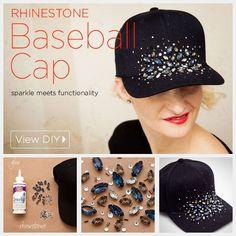 DIY Rhinestone Baseball Cap Tutorial by www. if i ever wear a baseball cap It can r Rhinestone Crafts, Rhinestone Headband, Bone Bordado, Diy Hat, Clothes Crafts, Diy Accessories, Diy Clothing, Diy Fashion, Headbands