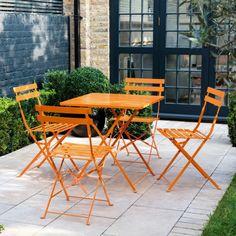 PARC Orange metal folding garden table and 4 chairs Plastic Garden Furniture, Garden Furniture Design, Pallet Garden Furniture, Outdoor Furniture Plans, Dining Furniture, Garden Chairs For Sale, Diy Garden Table, Garden Table And Chairs, Garden Ideas